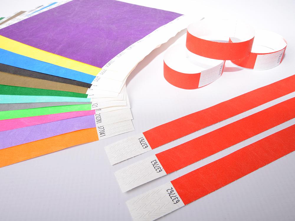 krāsainas papīra aproces cenas